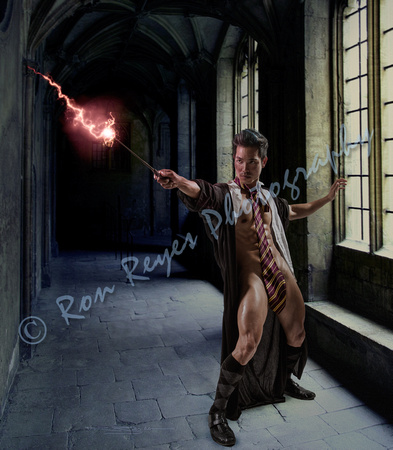 00A3R_ GRYFFINDOR SuperHeroes 010M_ Professor FondleBum uses the #DISROBING Spell