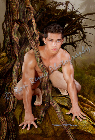Near nude jungle boy — photo 2